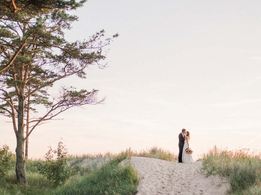 2bridesphotography_destination_beach_wedding_latvia_42
